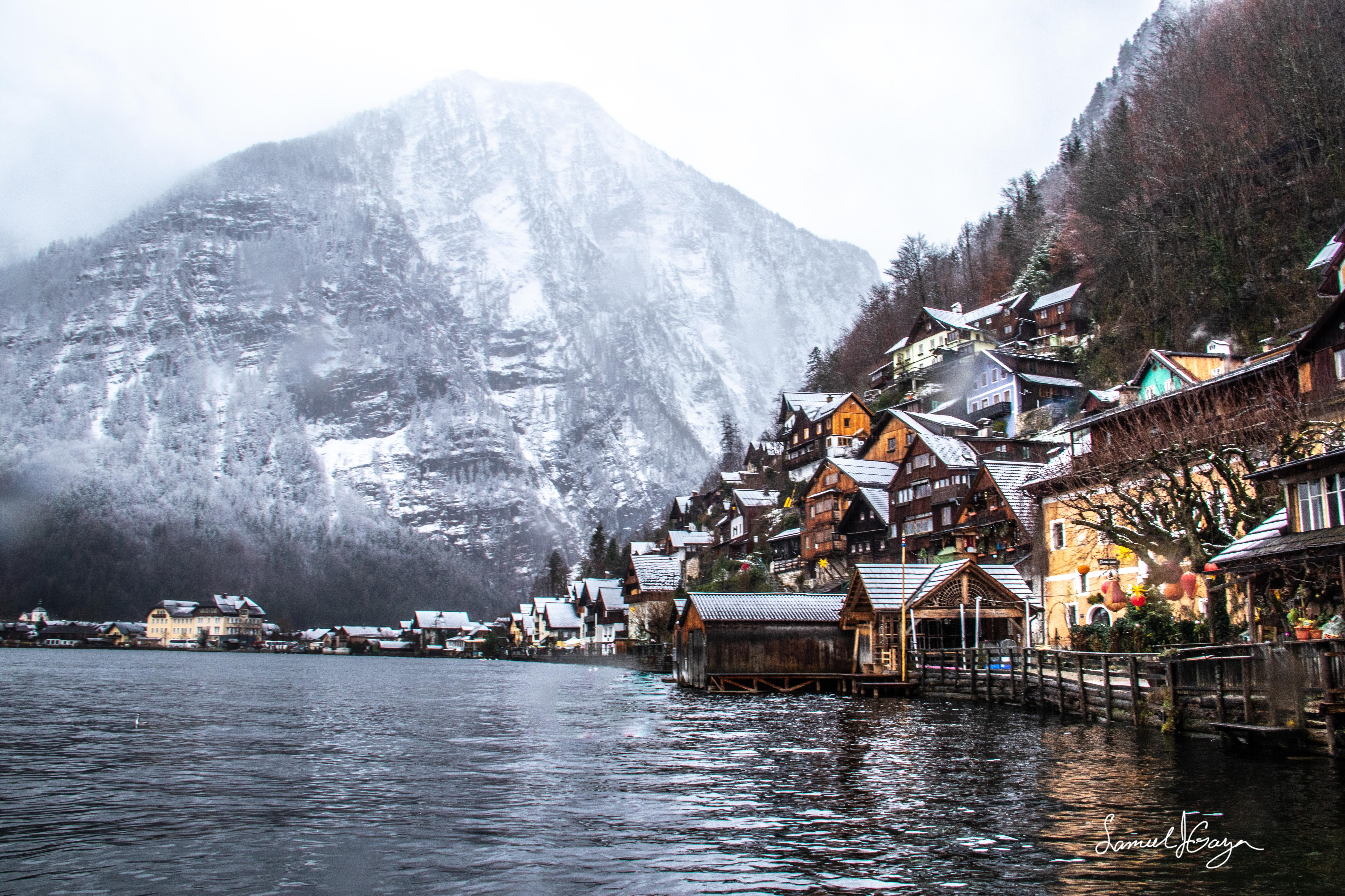 Lake Hallstatt during winter.